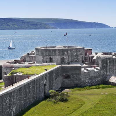 Spectacular Views over Hurst Castle